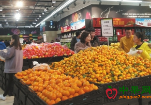山西大同:今冬水果品类丰…